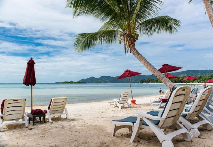 Тропический остров в Андаманском море