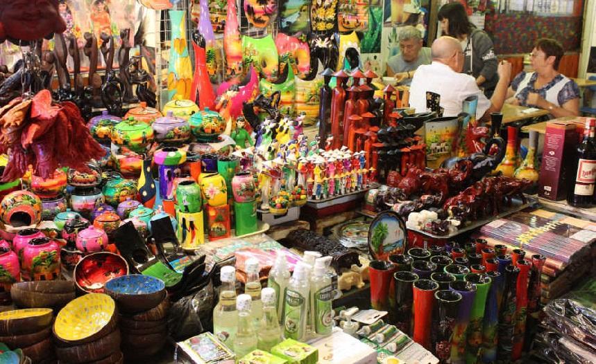 Рынок сувениров