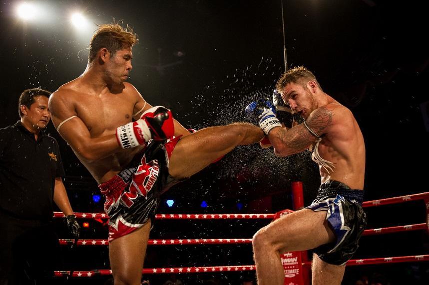 Сходить на тайский бокс