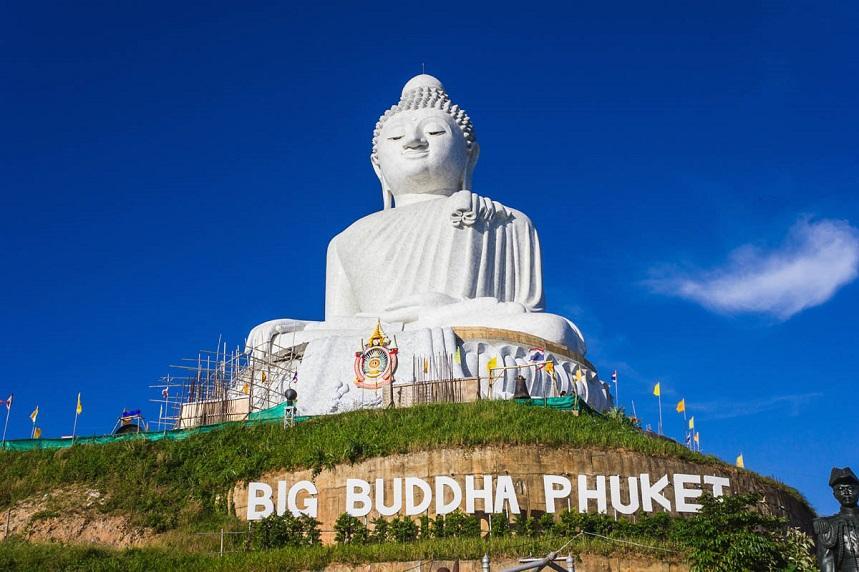 Большой Будда - визитная карточка острова