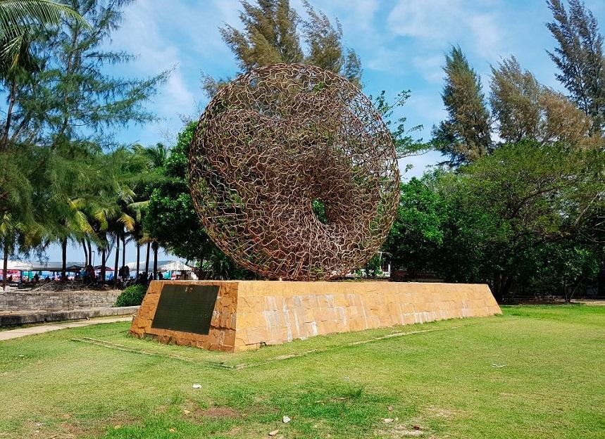 Мемориал жертвам цунами