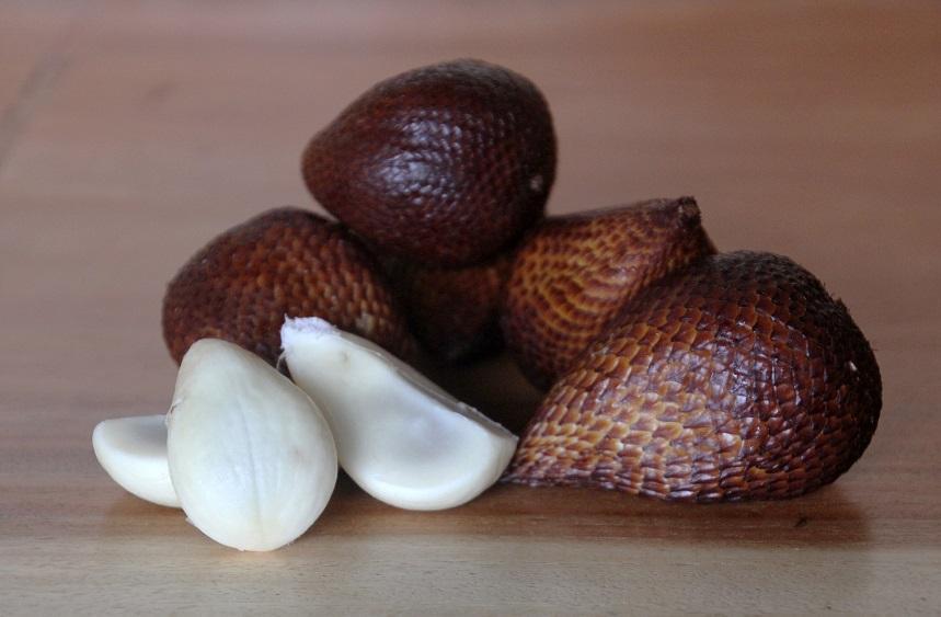 Змеиный фрукт - Салак