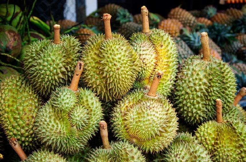 Дуриан - один из самых необычных фруктов
