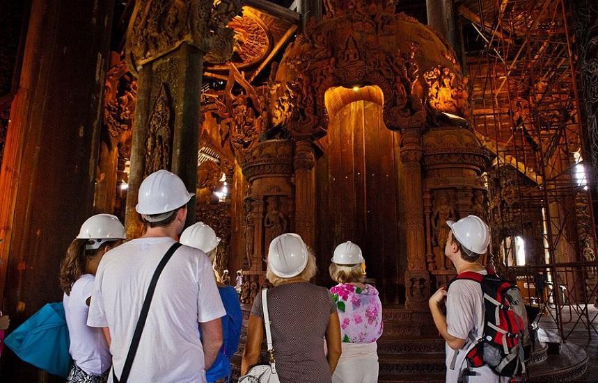 Храм Истины в Паттайе фото