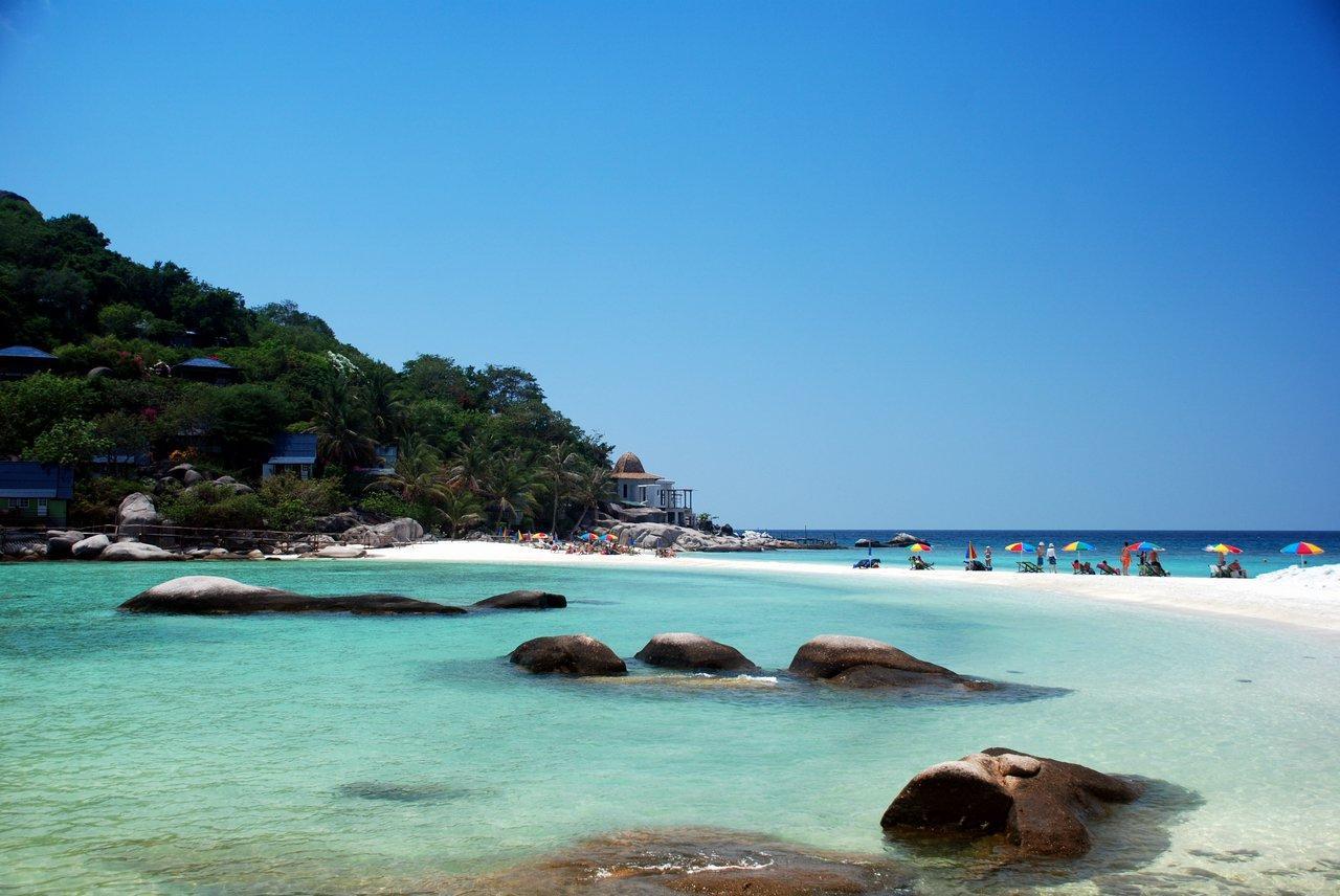 Фото пляжа летом