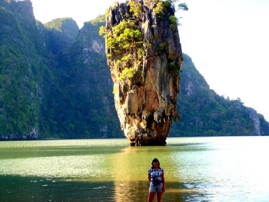 Фото на фоне острова