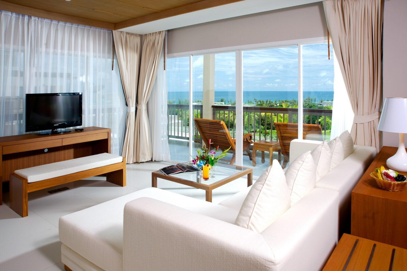 Отель Princess Seaview Resort Spa 4* на Пхукете