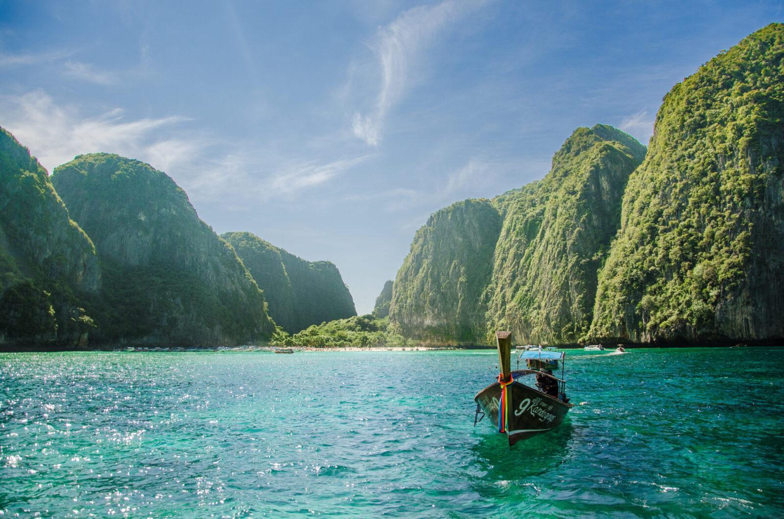 Фото лодки в Таиланде