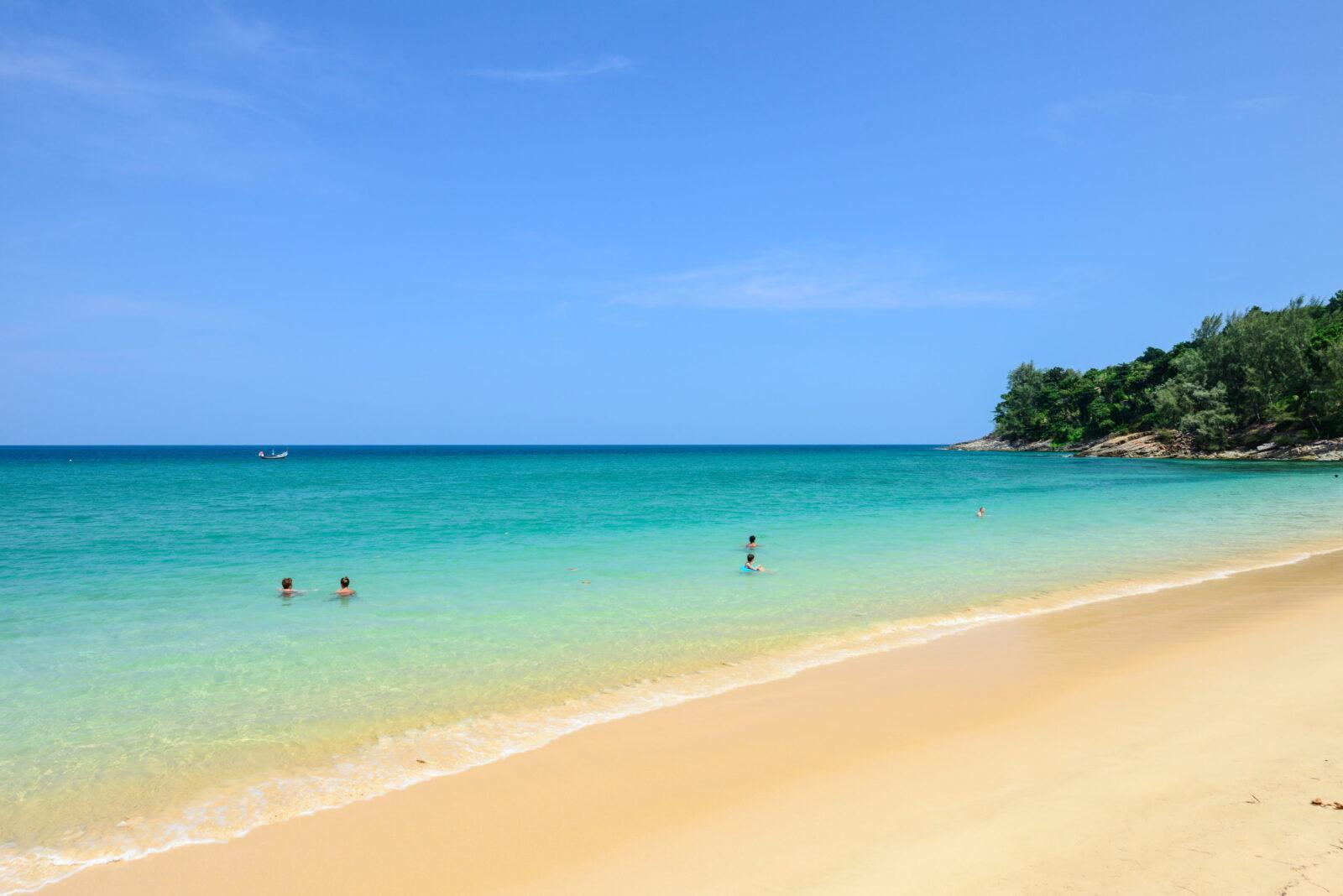 Береговая линия Naithonburi Beach Resort 4*