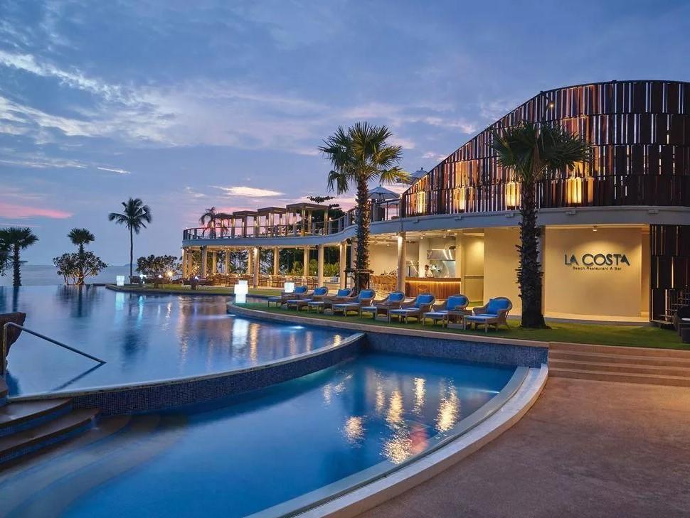 Отель MvenpickSiam Hotel Na Jomtien Pattaya