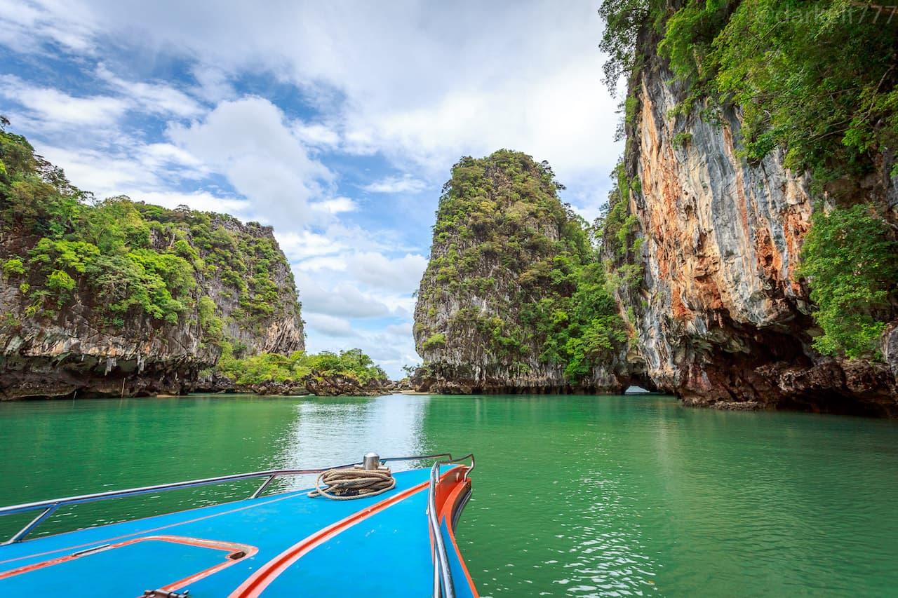 Экскурсия по островам