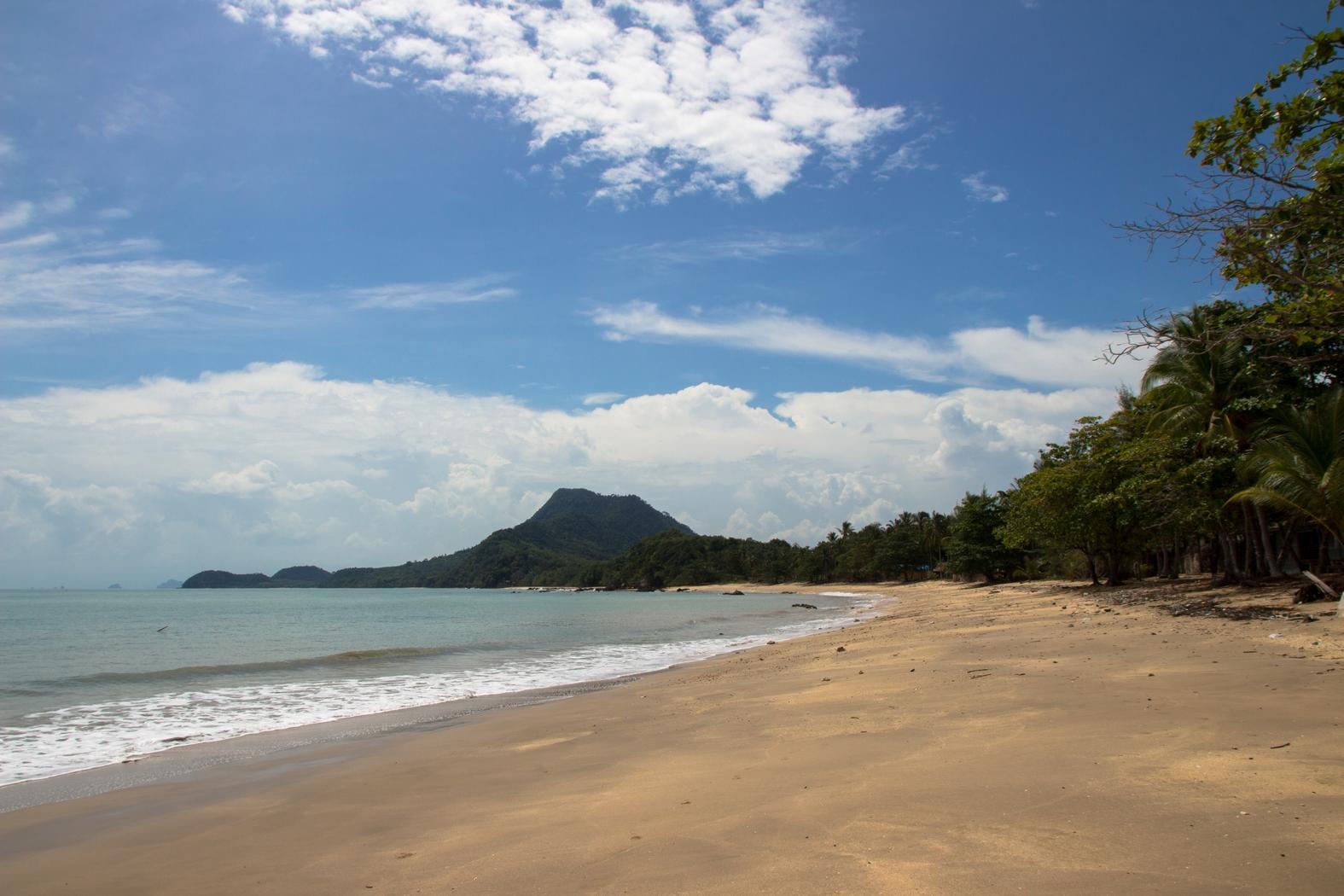 На фото остров Ко-Джум