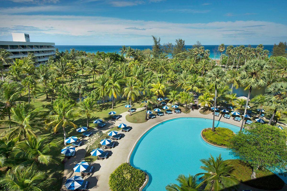 Пляж отеля Hilton Phuket Arcadia