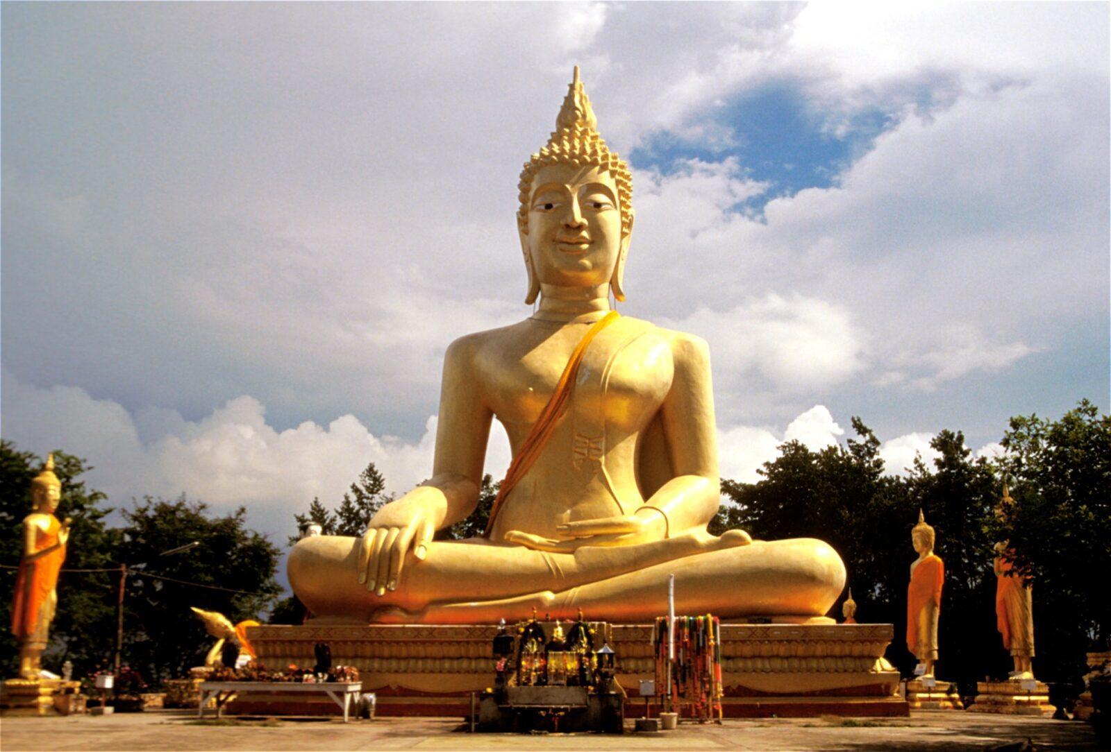 Фото Большого Будды в Пратамнак Хилл