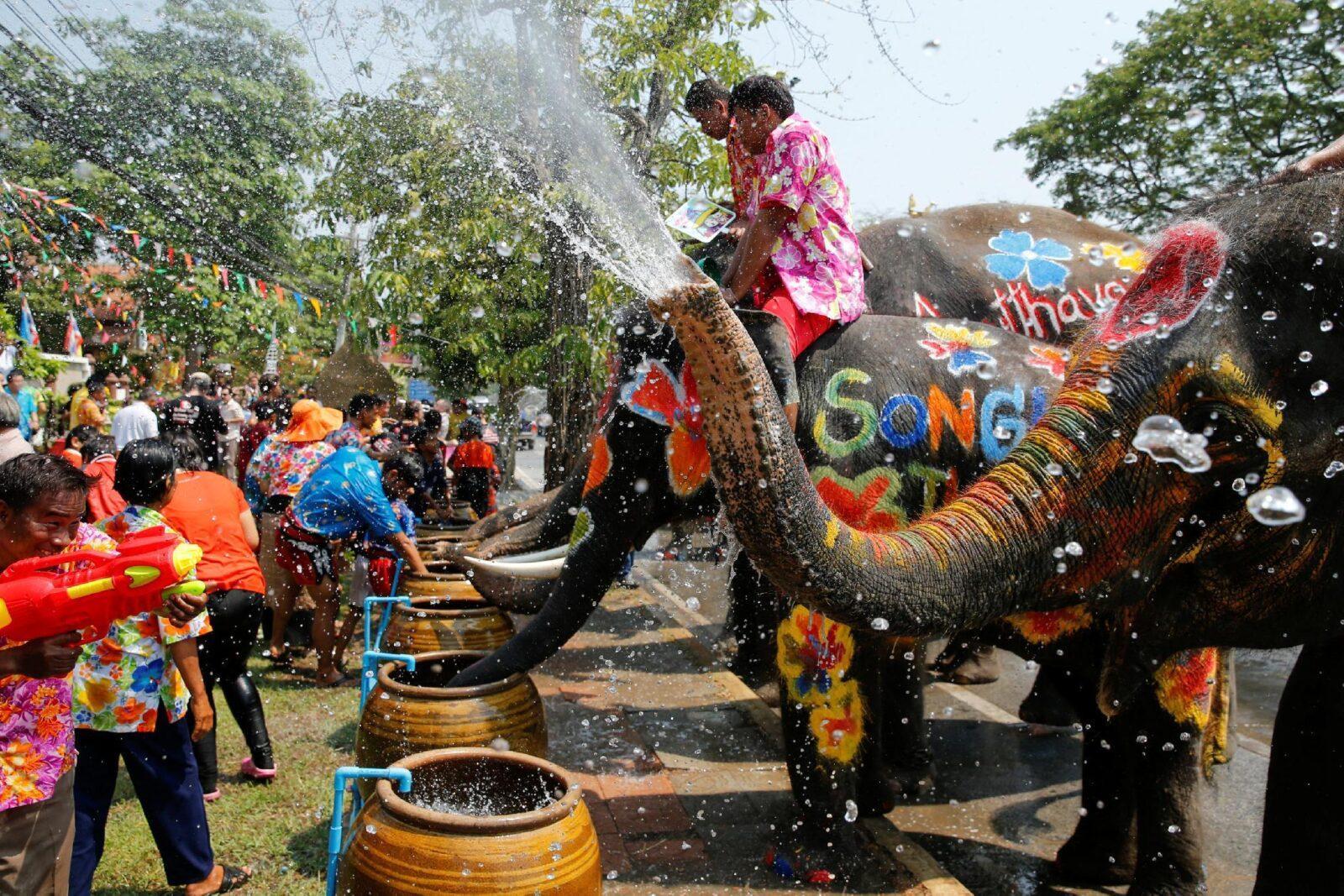 Фото празднования Сонгкрана