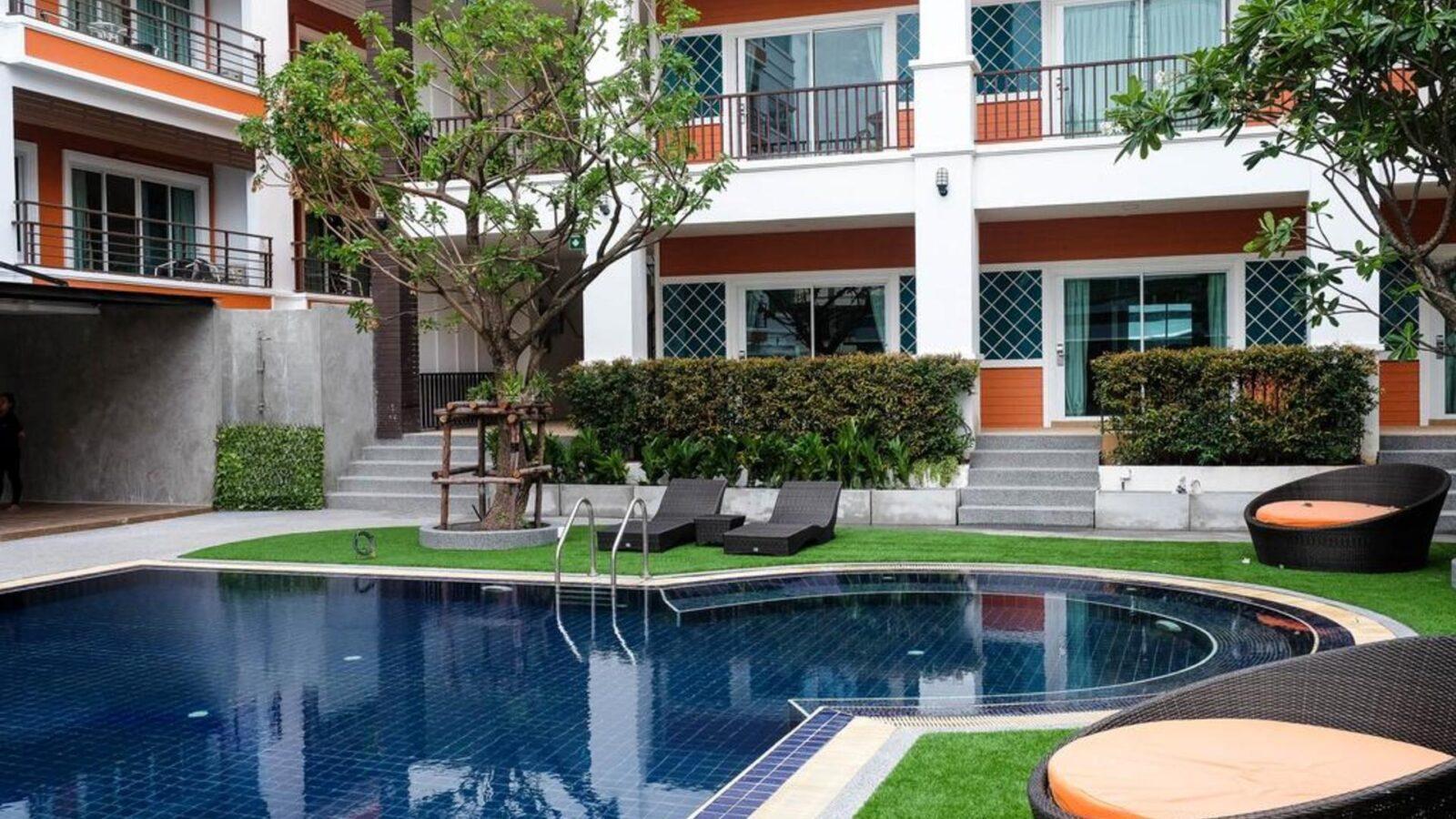 Фото FX Hotel Pattaya 3